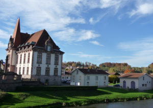 フランス バカラ村