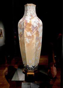 セーブル花瓶